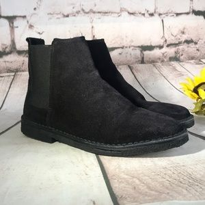 🍁VINCE Gum Sole Suede Pull On Bootie, Never Worn